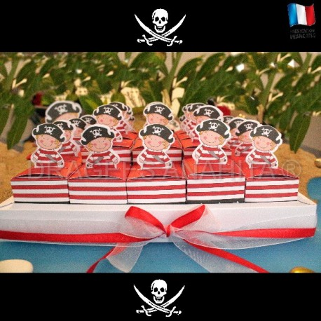 Kit 25 cubes à dragées pirate + socle