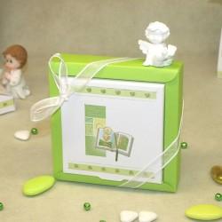 Grande boite à dragées communion Bible verte