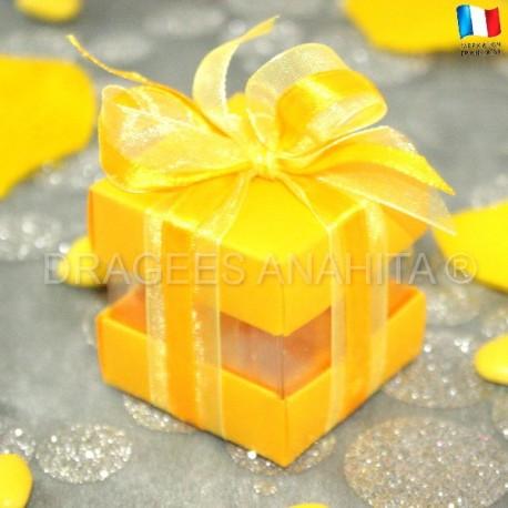Cube pour dragées jaune