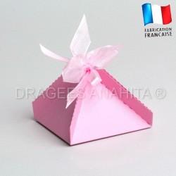 Boite pour dragées pyramide rose