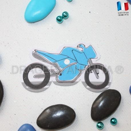Etiquette à dragées moto