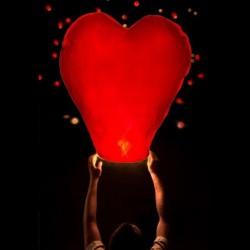 Sky lanterne coeur rouge